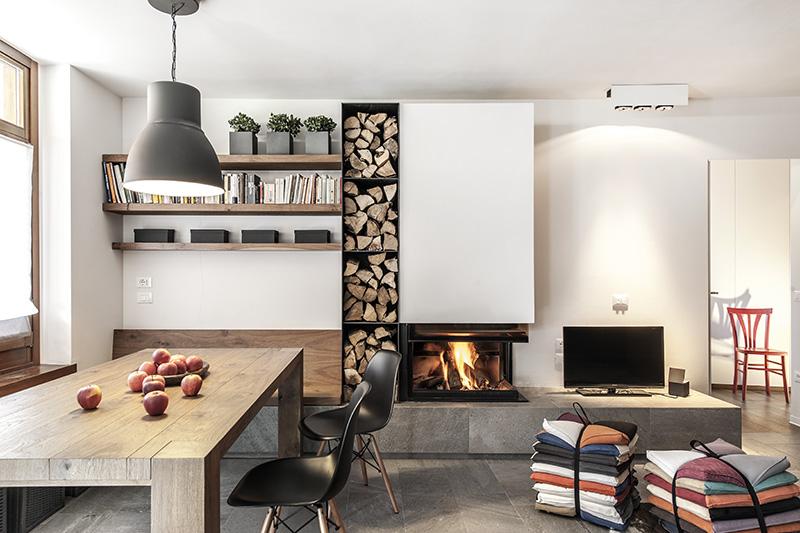 64 2 le case di elix r. Black Bedroom Furniture Sets. Home Design Ideas